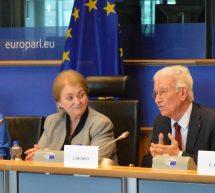 Présentation à l'Union européenne des conséquences du «mobbing maternel»